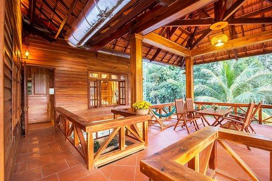 nhà gỗ resort